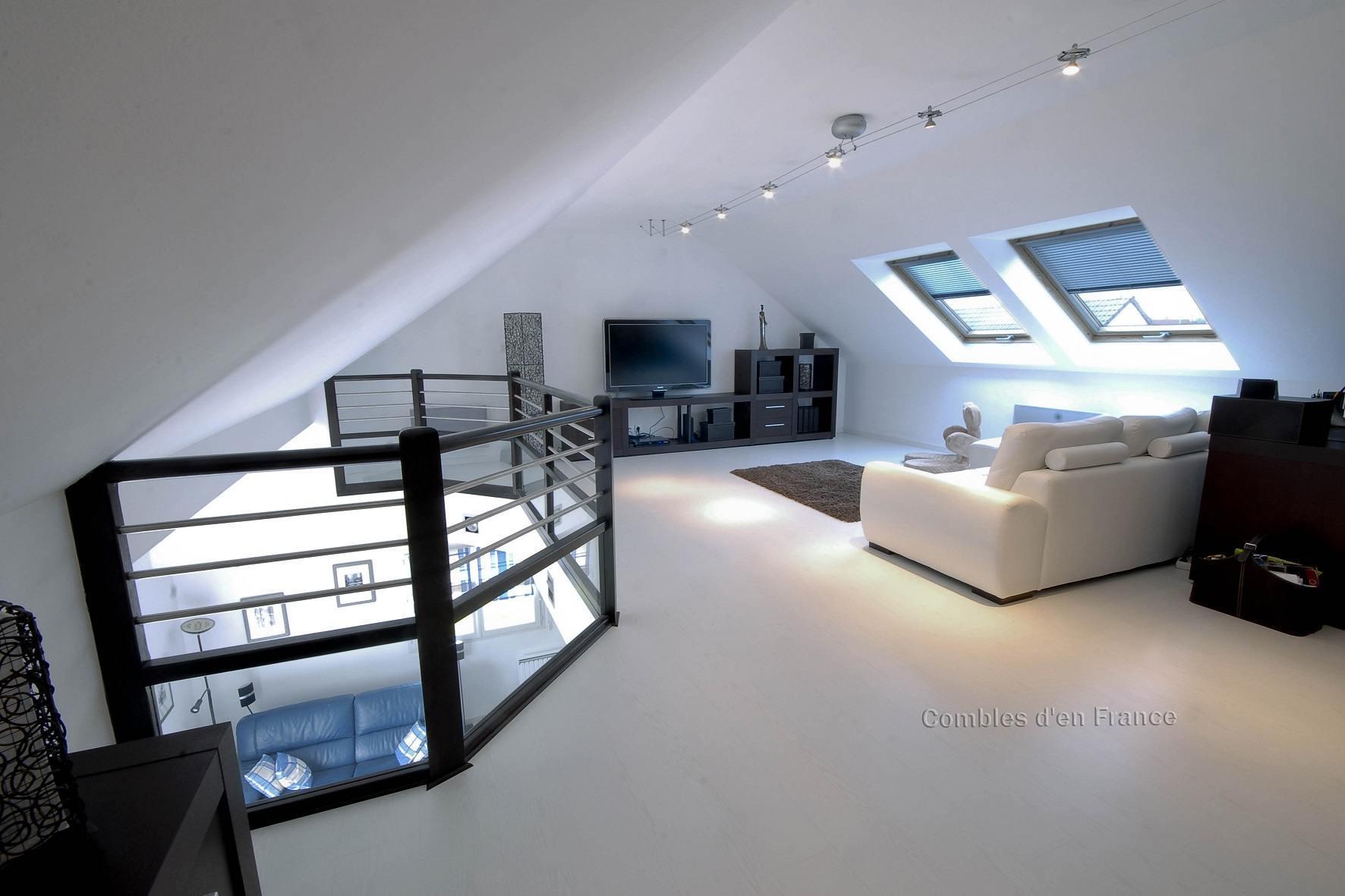 famous mezzanine sous toit en pente ja84 humatraffin. Black Bedroom Furniture Sets. Home Design Ideas